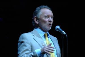 Phil Coulter Releases New Album ECHOES OF HOME on 4/29