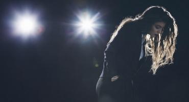 Kanye West, Charli XCX & More Featured on Lorde's MOCKINGJAY PART I Soundtrack!