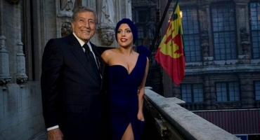 Tony Bennett, Lady Gaga's 'Cheek to Cheek' Hits Top of Billboard 200; Bennett Now Oldest Artist w/ No. 1