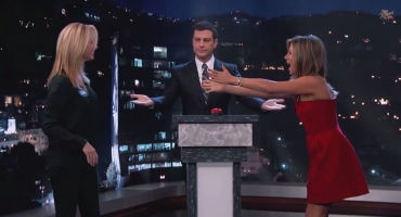 VIDEO: 'Friends' Stars Jennifer Aniston & Lisa Kudrow Face-Off in Epic Curse Off on KIMMEL
