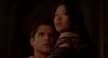 BWW Recap: TEEN WOLF Head Like a Hole