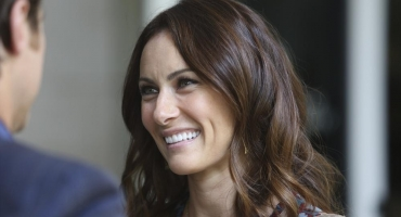 BWW Recap: Laura Benanti Steps Into the Drama and Dither of NASHVILLE