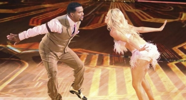 DANCING WITH THE STARS Jams Out During Week Two-Full Results!