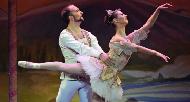 BWW Reviews: The NUTCRACKER  by ARB Kicks off their Season at UC PAC, A Wonderful Holiday Tradition through 12/21