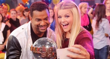 Photo Flash: DWTS' Alfonso Ribeiro, Janel Parrish & More Visit This Morning's GMA!