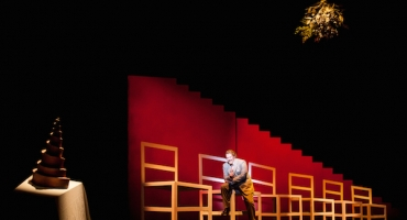 BWW Interviews: Simon Callow Talks Dicken's Genius, A CHRISTMAS CAROL, and Good Old-Fashioned Acting