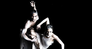 BWW Reviews: KINSHIP Is A Dance Double Bill That Both Delights And Challenges