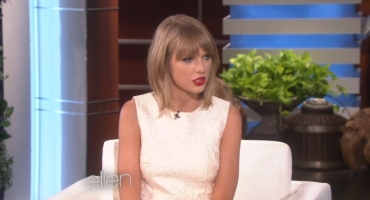 VIDEO: Sneak Peek - Taylor Swift to Talk 'The Voice' & More on ELLEN, 10/27