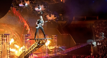 BWW Reviews: TRANS-SIBERIAN ORCHESTRA Opens 'The Christmas Attic' at Consol Energy Center