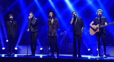 VIDEO: One Direction Performs 'Ready to Run' and 'Night Changes' on SNL