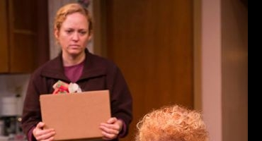 BWW Reviews: 'NIGHT, MOTHER