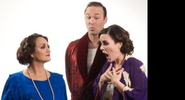 BWW Reviews: THE COTTAGE