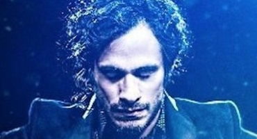 Review Roundup: Amazon's MOZART IN THE JUNGLE, with Bernadette Peters & Gael Garcia Bernal