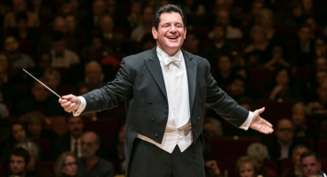 David Bernard Returns to Conduct the Massapequa Philharmonic in Season Opener Featuring Violinist Anna Lee