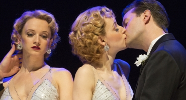 BWW Reviews:  New and Improved SIDE SHOW Fleshes Out Its Story of Conjoined Twins