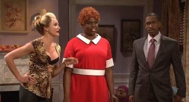 VIDEO: SNL & Cameron Diaz Parody New ANNIE Film with 'Sneak Peek'