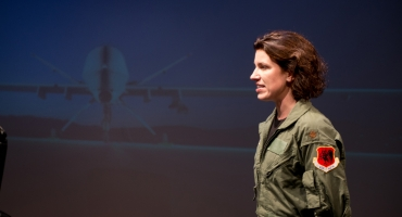 BWW Reviews: GROUNDED