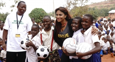 BWW Interview Part 1: Danielle de Niese Is Making a Difference