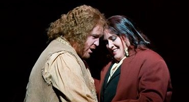 BWW Reviews: Finding Oneself in FIDELIO