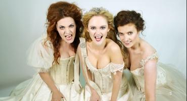 Photo Flash: Meet the JONATHAN HARKER AND DRACULA Tour's 'Brides of Dracula'