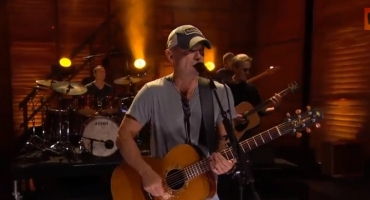 VIDEO: Kenny Chesney Performs New Single 'American Kids' on CONAN