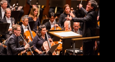 BWW Reviews: NY Philharmonic Premieres Spectacular New Concerto
