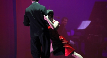 BWW Reviews: CIA. UNION TANGUERA