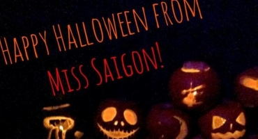 Photo Flash: Saturday Intermission Pics- October 25 - 50 SHADES, MISS SAIGON, and More Celebrate Halloween