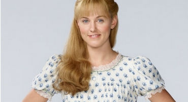 BWW Exclusive Interview: PETER PAN LIVE's Taylor Louderman on Playing Wendy Darling & More