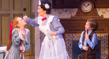 BWW Reviews: MARY POPPINS