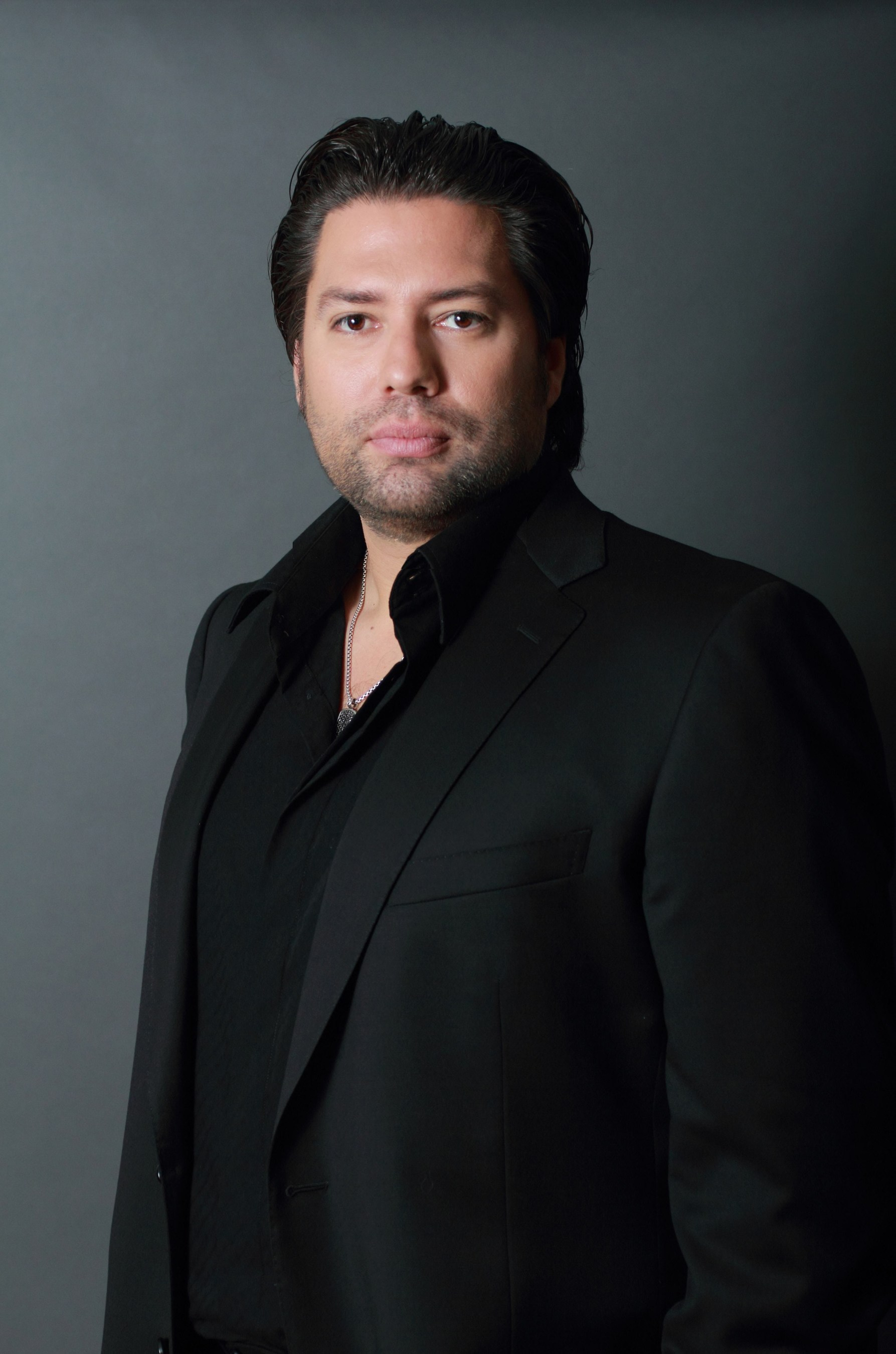 Reality TV Star Armando Montelongo Hosts Biggest ALS Ice Bucket Challenge