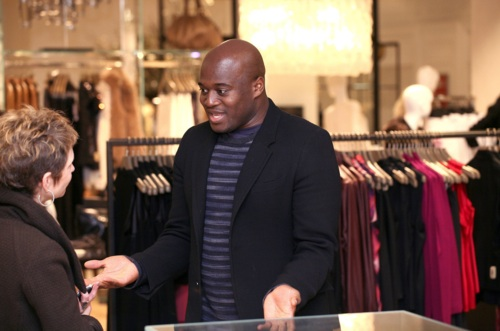 Celebrity Stylist Eric Archibald Brings His Oscar Red Carpet Predictions to NBC's EXTRA