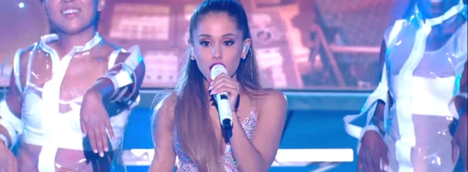 Ariana Grande Performs, Takes Home Moon Man at MTV VMAs