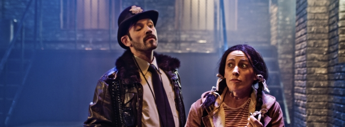 BWW Reviews: In The Midst Of The Biggest Water Supply Crisis In Sao Paulo, 'URINAL - O Musical' (Urinetown) Debuts With Very Crowded Sessions.