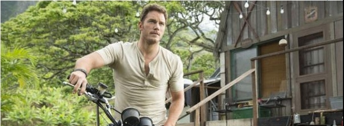 Photo Flash: Chris Pratt & More in New Images from JURASSIC WORLD