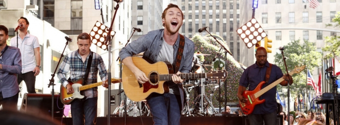 Photo Flash: Phillip Phillips Performs on TODAY's Toyota Concert Series