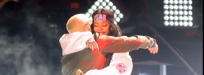 VIDEO: Eminem and Rihanna Perform 'The Monster' on MTV MOVIE AWARDS