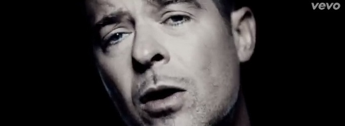 VIDEO: Robin Thicke Attempts to Woo Back His Wife in New 'Get Her Back' Video