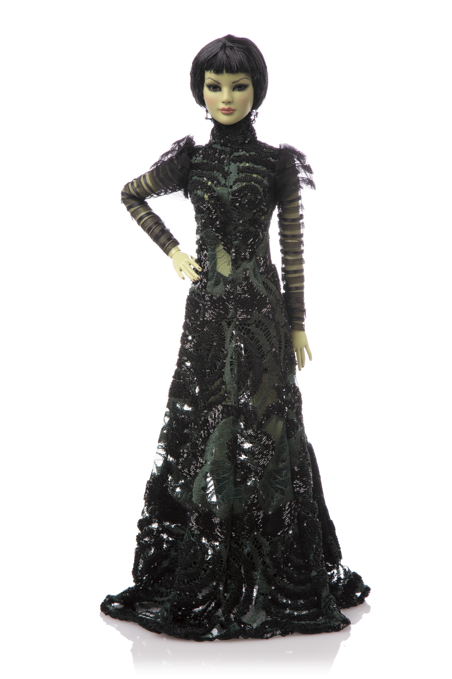 Warner Bros Debuts WIZARD OF OZ Haute Couture Dolls In Celebration of Film's 75th Anniversary