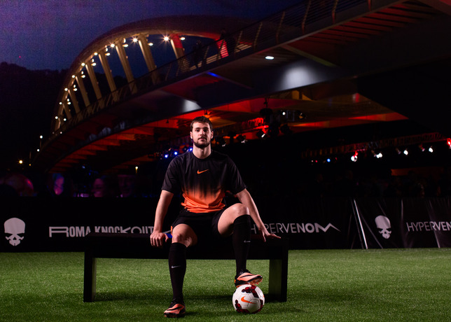 Mattia Destro Joins Young Footballers at Nike Hypervenom Roma Knockout