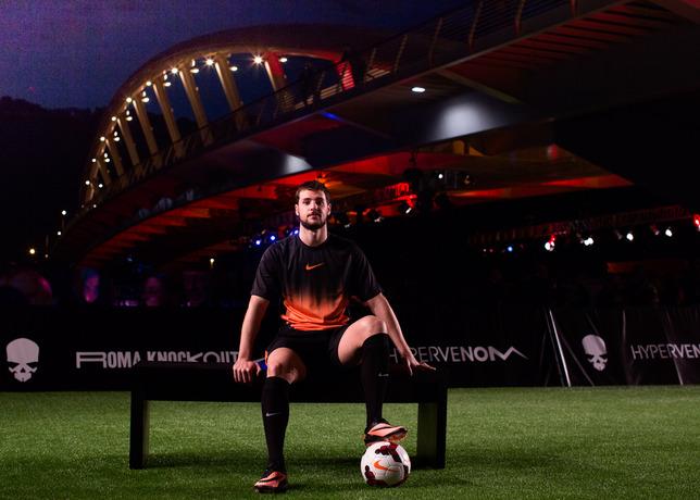 Mattia Destro Joins Young Footballers at Nike Hypervenom Roma Knockout