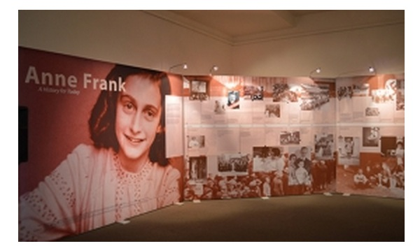 Anne Frank Exhibition in Australia Sets a Regional Record