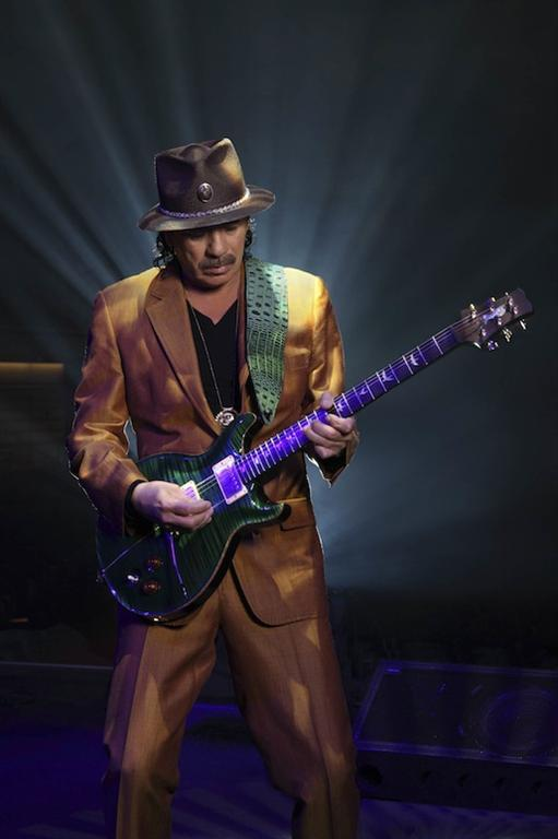 Santana to Perform at Four Winds New Buffalo This August