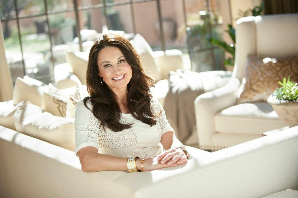 Ownzones Teams With Award Winning Designer Jennifer Adams On New Home Decor Channel