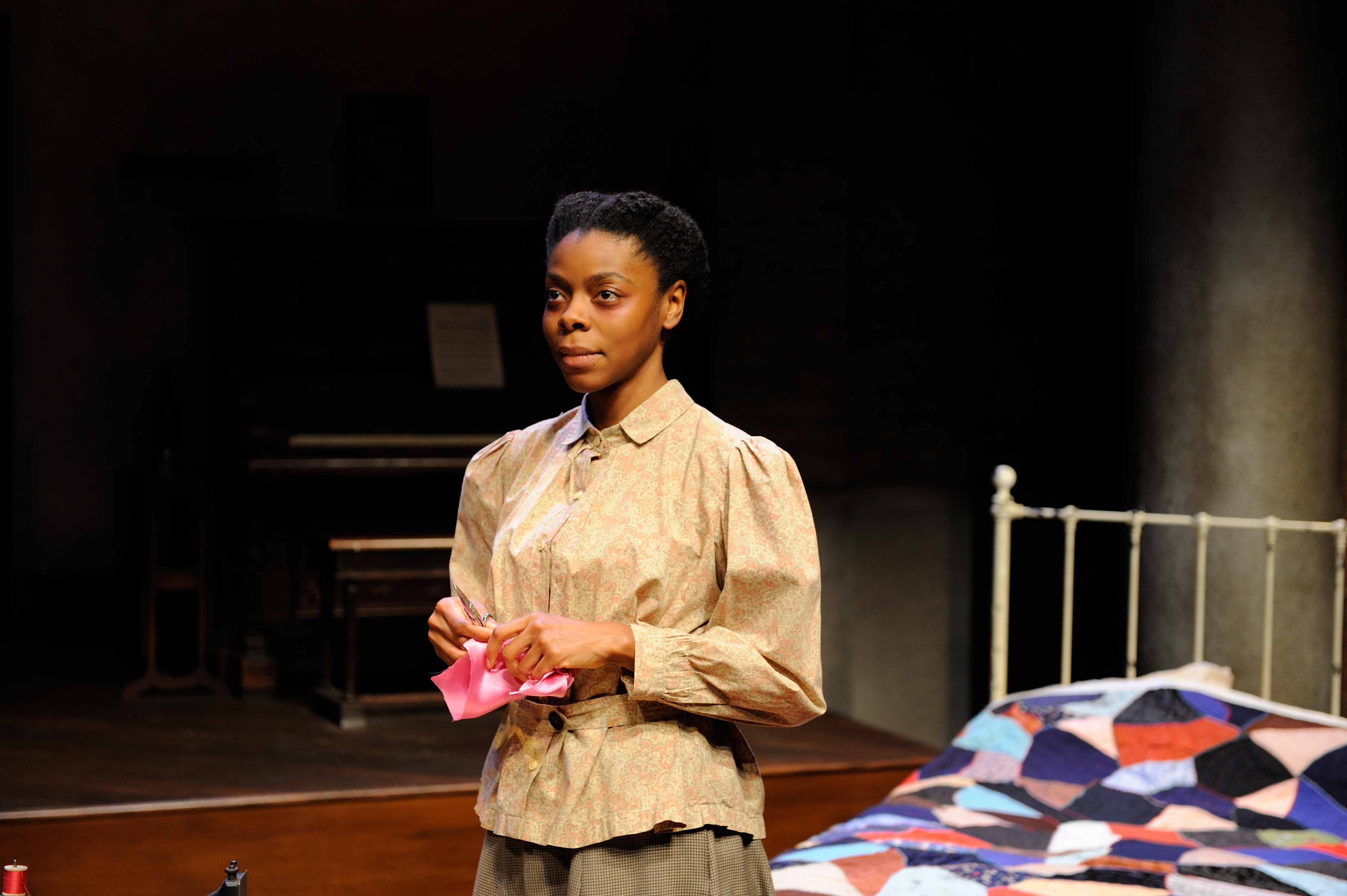 BWW Reviews: Riveting INTIMATE APPAREL Takes Center Stage ...