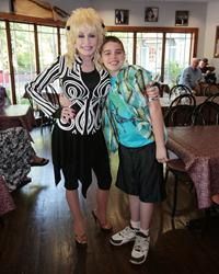 KIDS WISH NETWORK Unites Dolly Parton with Young Fan