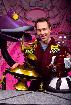 Retro TV Adds Cult Classic MYSTERY SCIENCE THEATER 3000