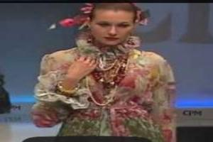 VIDEO: 'CPM SLAVA ZAITSEV' Spring Summer 2014 Moscow