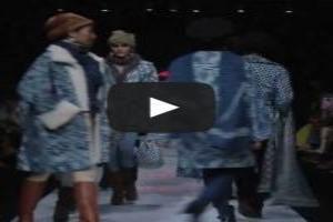VIDEO: 'SARINAH BATIK JAWA' Jakarta Fashion Week 2014