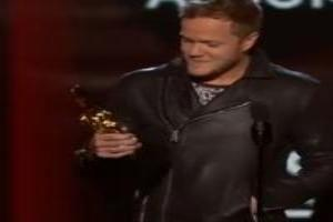 VIDEO: Imagine Dragons Accept Award for Top Rock Album at 2014 Billboard Music Awards